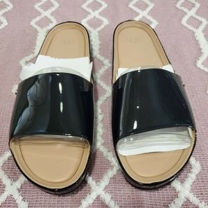UGG BLACK JANE PATENT LEATHER